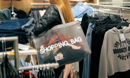 買い物の英語フレーズ14選!試着やサイズ、お会計はなんて言う?